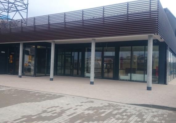 Witryny sklepowe oraz żaluzje fasadowe Gdańsk